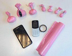 Viterbo - La droga sequestrata dai poliziotti della squadra mobile