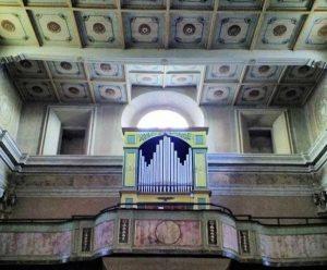Valentano - L'organo nella chiesa collegiata