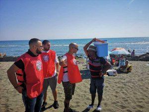 Ostia, il blitz anti-ambulanti di Casapound