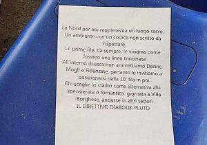 Roma - Il volantino trovato sugli spalti della curva nord all'Olimpico