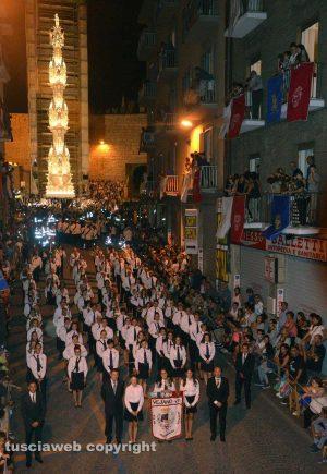 La banda di Vejano davanti alla Macchina