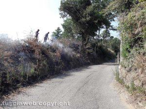 Montefiascone - Le Mosse - Incendio in via Carpine