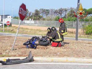 L'incidente stradale nei pressi dello svincolo autostradale di
