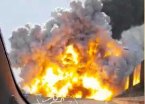 Bologna - Cisterna esplode in tangenziale
