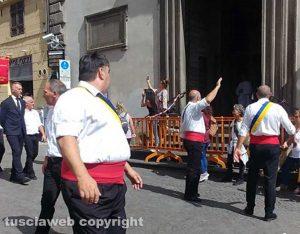 Santa Rosa 2018 - Giro delle sette chiese - Transenne davanti Sant'Angelo
