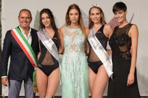 Spettacolo - Le premiazioni di Miss Lazio