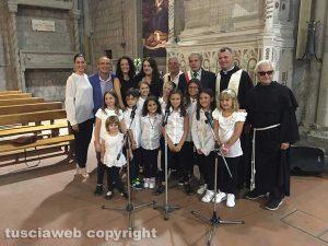 Viterbo - I bambini del Contrappunto Kids al giro delle Sette chiese