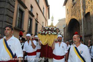 Viterbo - Santa Rosa - La processione col cuore della patrona