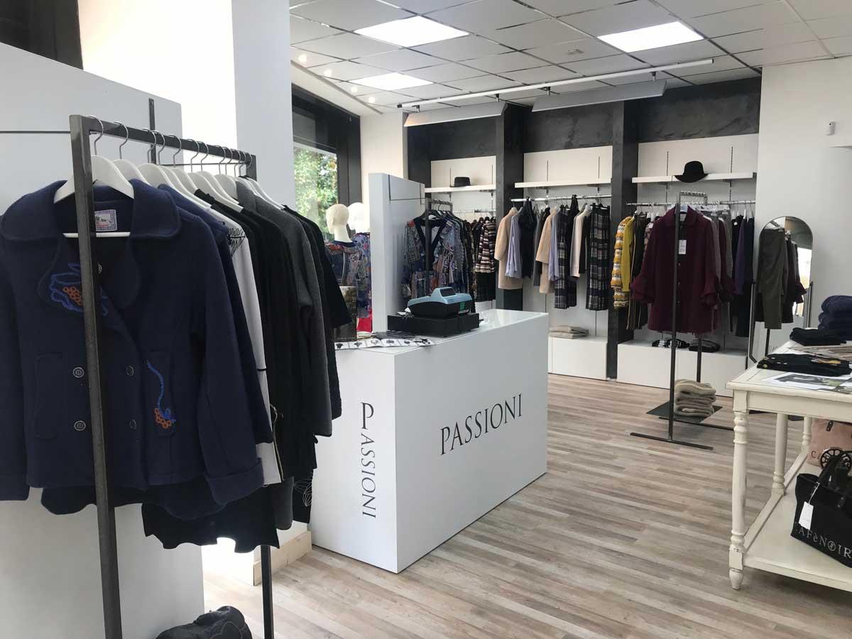 competitive price 674b5 ce2ad Passioni, il nuovo negozio di abbigliamento donna a Viterbo ...