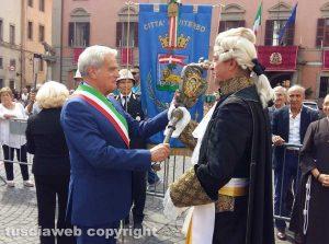 Viterbo - Santa Rosa - Consegnata la mazza del maggiordomo
