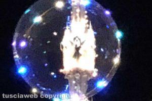Viterbo - La Macchina di Santa Rosa dentro una bolla