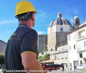 Montefiascone - Drone dei vigili del fuoco sulla cupola di santa Margherita