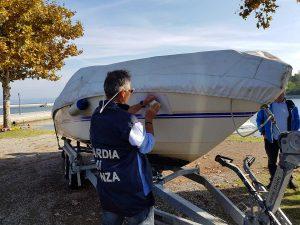 Marta - Guardia di Finanza - Sequestrate 4 imbarcazioni