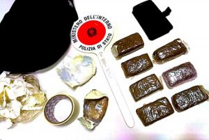 Viterbo - Nello zaino 700 grammi di hashish