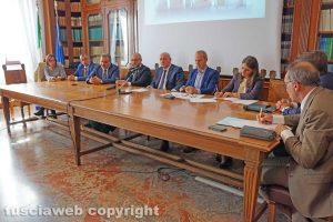 Viterbo - L'incontro in Prefettura per discutere della Uno Più