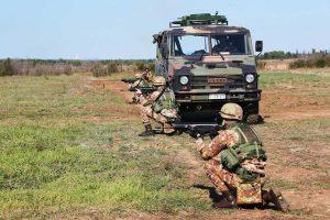 Viterbo - Gli allievi della scuola sottufficiali dell'esercito in azione