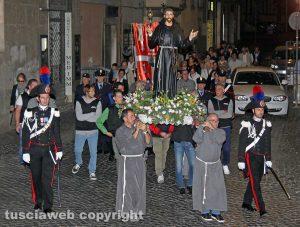 Viterbo - San Francesco in processione per le vie del centro storico