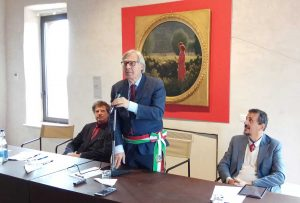 Sutri - Vittorio Sgarbi alla cerimonia di intitolazione di questa mattina