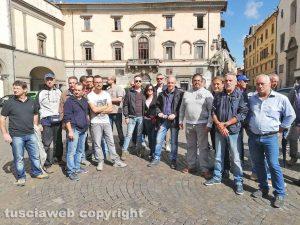 Viterbo - Lavoratori della Uno Più in piazza