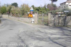 Viterbo - L'incrocioViterbo - L'incrocio tra via del Cuculo e strada Palanzana tra via Del cuculo e strada Palanzana