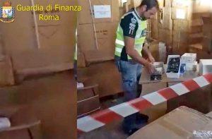 Roma - Guardia di finanza - sequestrata merce contraffatta