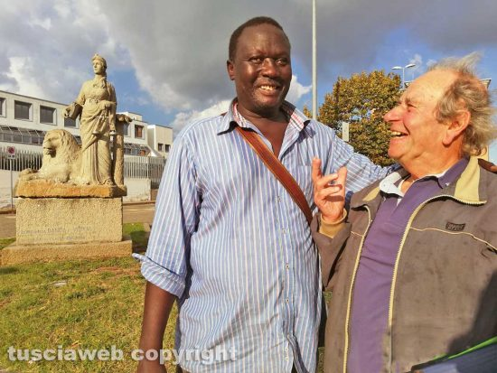 Viterbo - Aly Ndoye e don Franco Magalotti