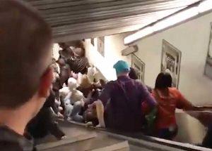 Roma - Frana la scala mobile della metro