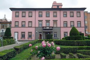 Viterbo - La casa di cura Villa Rosa