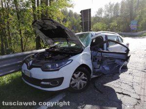 Scontro auto-betoniera sulla Teverina