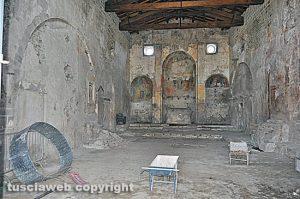 Vetralla - L'interno della chiesa di Foro Cassio