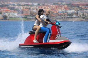 La Vespa moto d'acqua ideata da Pierpaolo Lazzarini