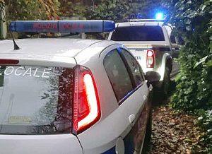 Calcata - Frana sulla provinciale - Polizia locale e protezione civile