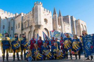 Gli sbandieratori di Santa Rosa conquistano Avignone