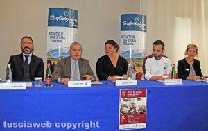 De Simone, il sindaco Arena, Laura Belli, Valentino Catucci e Sara Conti