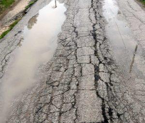 L'asfalto in località Poggio Forcone
