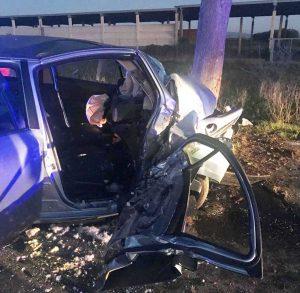 Tuscania - Auto contro albero, ferita donna