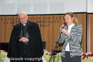 Viterbo - Il vescovo Lino Fumagalli e la presidente del tribunale Maria Rosaria Covelli