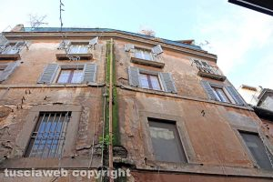 Viterbo - Un palazzo in via Saffi