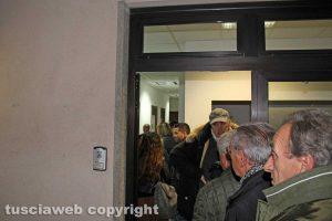 Viterbo - Primarie Pd - La fila ai seggi