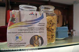 Viterbo - La raccolta fondi negli esercizi commerciali