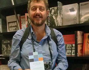 Luciano Zuccaccia con il suo libro