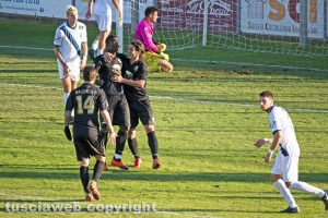 Sport - Calcio - Viterbese - L'esultanza di Ngissah dopo il 2-0
