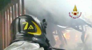 Cisterna di Latina - L'intervento dei Vigili del fuoco