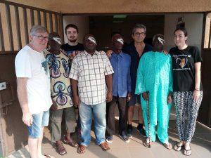 Volontari dell'associazione in una missione sanitaria