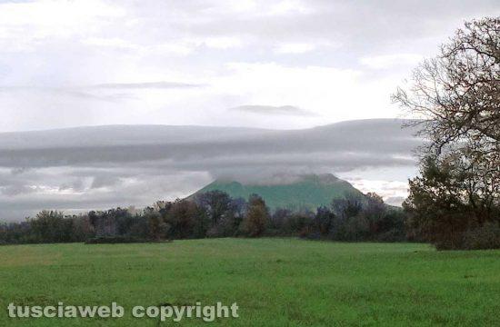 Civita Castellana - Nuvole sul Soratte