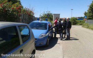 Poggino - Il giorno dell'arrivo dell'ufficiale giudiziario con la polizia
