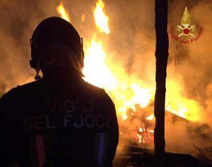 Civitavecchia - I vigili del fuoco in azione