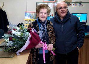Marcianise - La tabaccaia con il sindaco Velardi