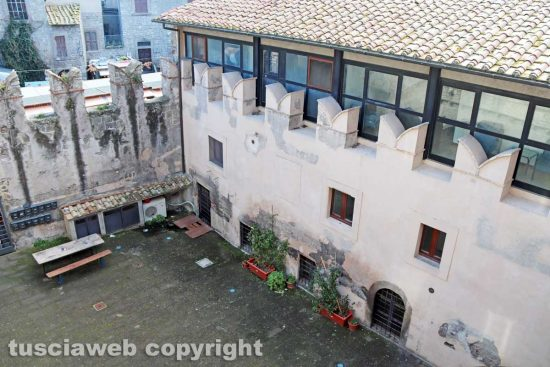 Viterbo - Il cortile di San Carluccio