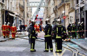 Parigi - Esplosione in zona Opera - Vigili del fuoco